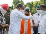 Punjab Education Minister Vijay Inder Singla Honored Pseb 12th Topper 2020 Jashanpreet Kaur