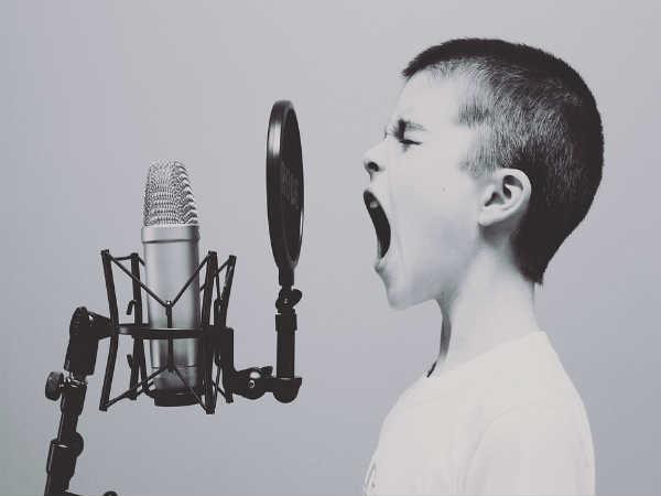 कैसे बने रेडियो जॉकी