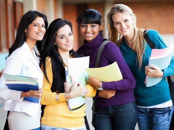 Short Term Courses: कम समय में करे ये 3 कोर्स और पाएं अच्छी सैलरी