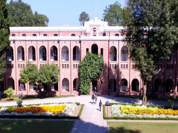 भारत के 10 बेस्ट बोर्डिंग स्कूल, जहां छात्रों को मिलती है वर्ल्ड क्लास शिक्षा