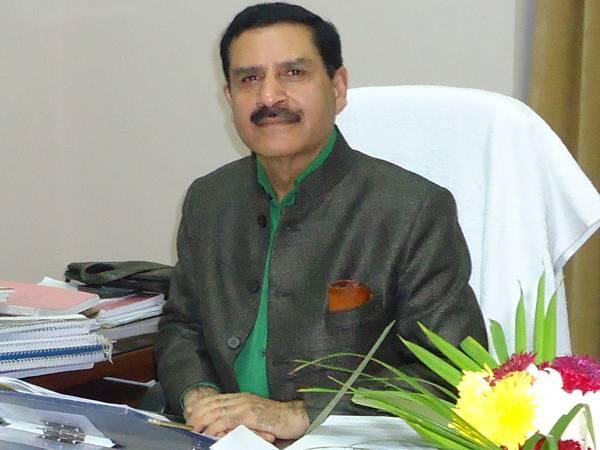 इलाहाबाद विश्वविधालय कुलपति हांगलू का इस्तीफा राष्ट्रपति रामनाथ कोविंद ने स्वीकार किया