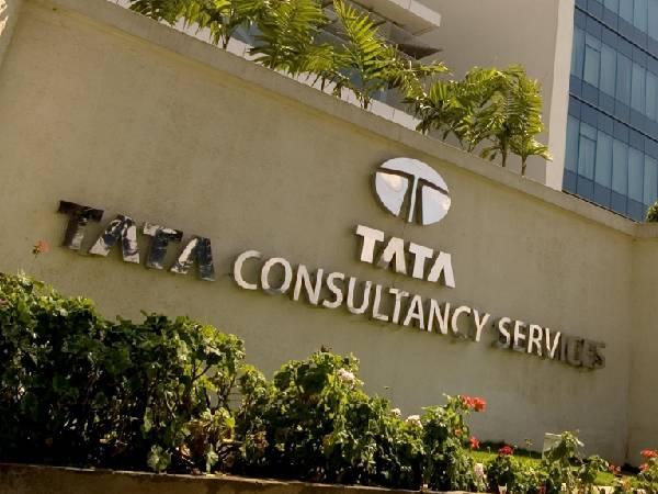 TCS: टीसीएस के 4.5 लाख कर्मचारी परमानेंट करेंगे घर से काम, बॉर्डर वर्क स्पेस मॉडल तैयार