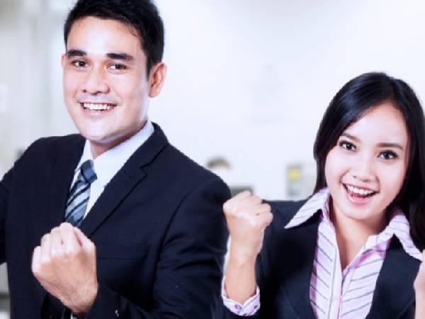 Good News: कोरोना और लॉकडाउन के बीच कर्मचारियों का वेतन और मनोबल बढ़ा रही ये कंपनियां