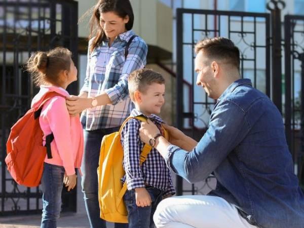 Coronavirus Effect: एक साल तक बच्चों को स्कूल भेजने के तैयार नहीं अभिभावक, पढ़िए रिपोर्ट