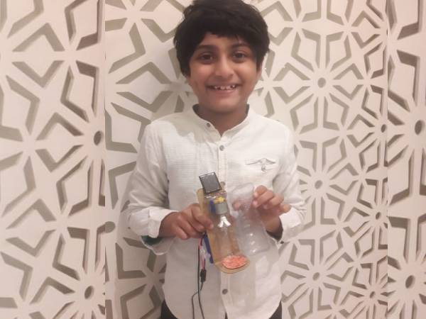 Innovation: 8 साल के शौर्य शेनॉय ने बनाया सैनिटाइजर कैप्सूल, ऐसे करेगा काम