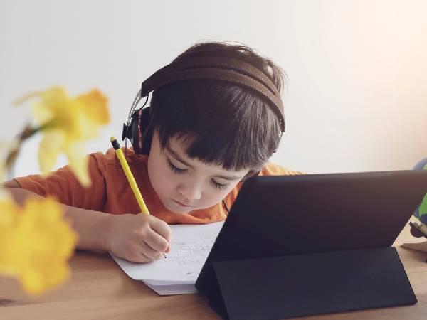 Haryana School Open News: हरियाणा में कक्षा 1 से 8 तक के सभी स्कूल बंद, AVSAR ऐप से होगी ऑनलाइन पढ़ाई