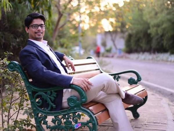 Good Initiative: बोर्ड गेम से एमबीए कोर्स करवाने वाले आईआईएम प्रोफेसर मृत्युंजय तिवारी की कहानी जानिए