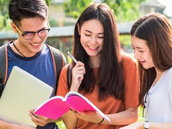 IIM Nagpur PG Courses: आईआईएम नागपुर ने शुरू किए चार नए पीजी प्रोग्राम, शिक्षार्थी के करियर को मिलेगा ग्रोथ