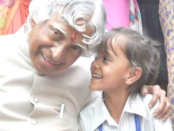 World Students Day 2021 एपीजे अब्दुल कलाम जयंती को विश्व छात्र दिवस के दिन क्यों मनाया जाता है जानिए